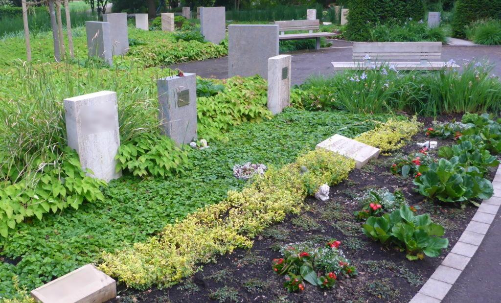 Memoriam-Garten, Gräberfeld auf dem Hauptfriedhof Ludwigshafen